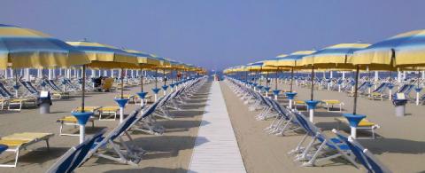 Spiagge della versilia hotel sirio 3 stelle a lido di - Bagno onda lido di camaiore ...