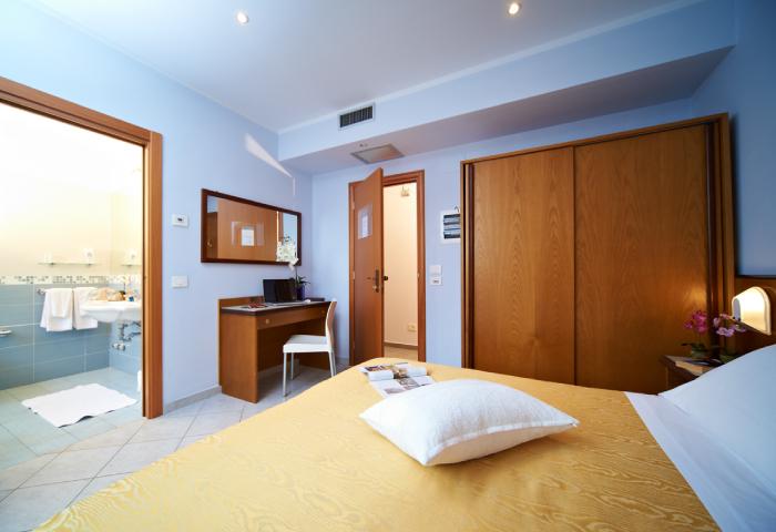 Foto camera doppia o matrimoniale - Hotel Sirio a Lido di Camaiore in Versilia, Toscana