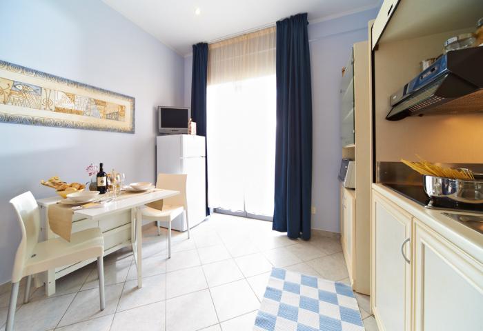Foto cucina appartamento bilocale residence comfort - Hotel Sirio a Lido di Camaiore in Versilia, Toscana